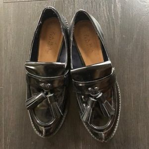 Zara Trafaluc Black tasseled Loafers Size 37